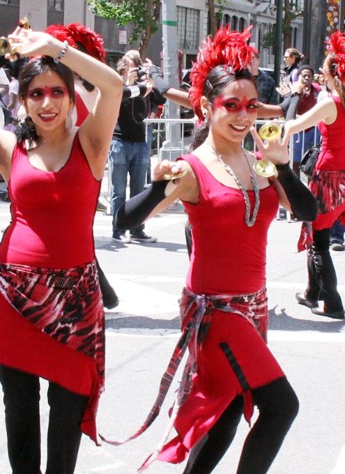 NYダンス・パレード特集:ダンスへの情熱編_b0007805_10563860.jpg