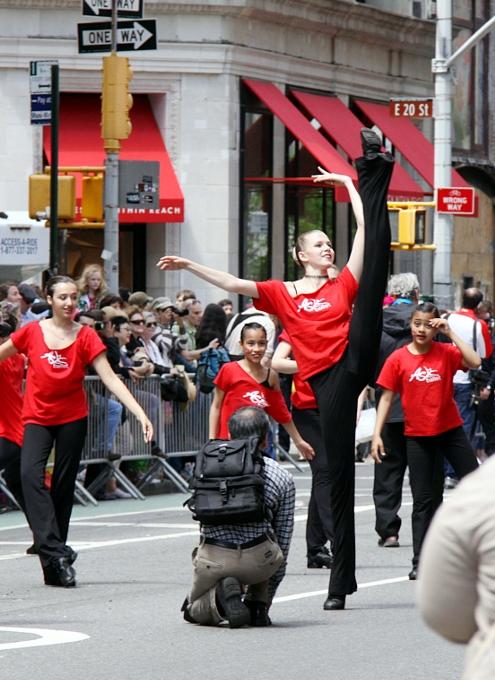 NYダンス・パレード特集:ダンスへの情熱編_b0007805_10573871.jpg