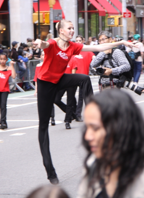 NYダンス・パレード特集:ダンスへの情熱編_b0007805_1058490.jpg