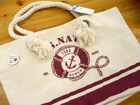 ネックレスとか、バッグとか。_c0170520_1348571.jpg