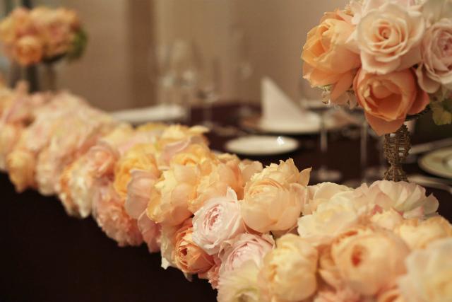 新郎新婦様からのメール とあるホテル様への装花 アプリコットファンデーション_a0042928_22115554.jpg