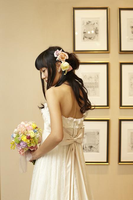 新郎新婦様からのメール とあるホテル様への装花 アプリコットファンデーション_a0042928_2212123.jpg