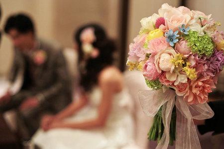 新郎新婦様からのメール とあるホテル様への装花 アプリコットファンデーション_a0042928_2281814.jpg
