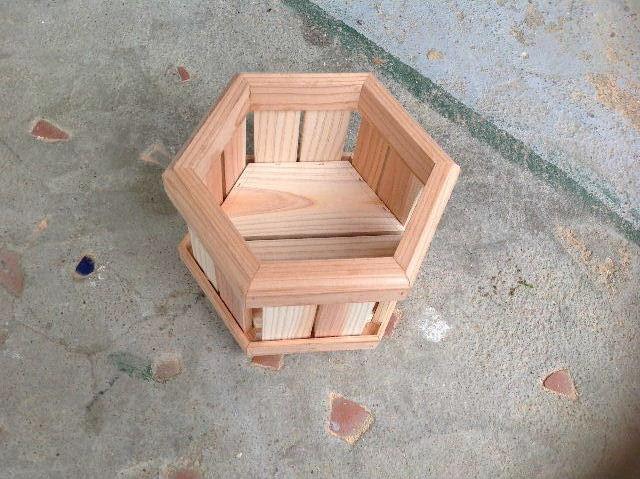ギターも作っちゃいます。木工女子部_f0031037_19471715.jpg