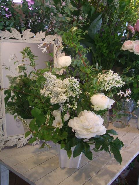 オークリーフ花の教室(赤地さんと宮原さんの作品)_f0049672_1791344.jpg