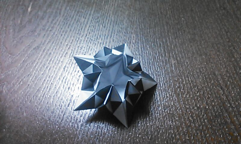 折り紙とペンローズタイル_a0180787_23050858.jpg