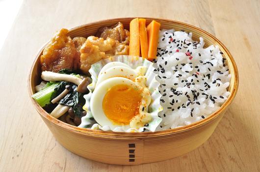 鶏ムネと小松菜のお弁当_b0171098_8263122.jpg
