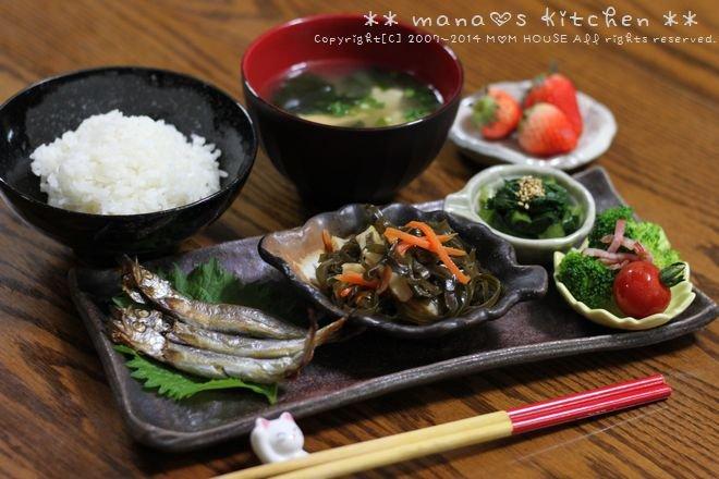 鰹の生姜煮 ☆ 合唱シシャモと献立♪_c0139375_1125763.jpg