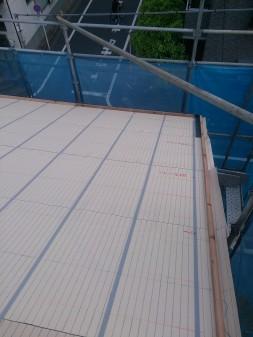 板橋区の高島平で屋根工事_c0223192_20504589.jpg