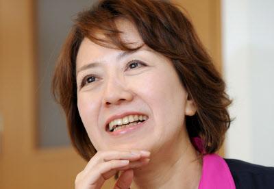 「花子とアンナカ」:朝ドラ花子の本名が安中、ASKAの薬物がアンナカだった!_e0171614_2282282.jpg