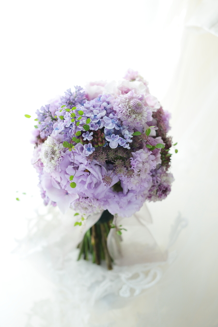 クラッチブーケ 紫のライラックとアジサイで  黎明_a0042928_21494597.jpg