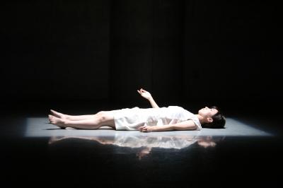 テンションの高い舞台を創出「升水絵里香ソロ公演」_d0178431_13273610.jpg