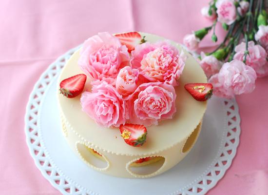 母の日のケーキ_c0169657_07570845.jpg