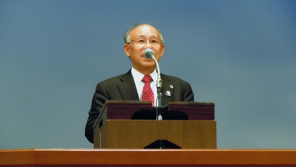 超満員だった共産党演説会_b0190576_1241419.jpg