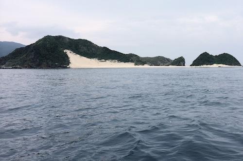 与路島さんぽ_e0220493_2273230.jpg