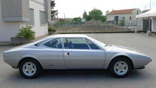 フェラーリと呼べるフェラーリだけを_a0129711_16114996.jpg