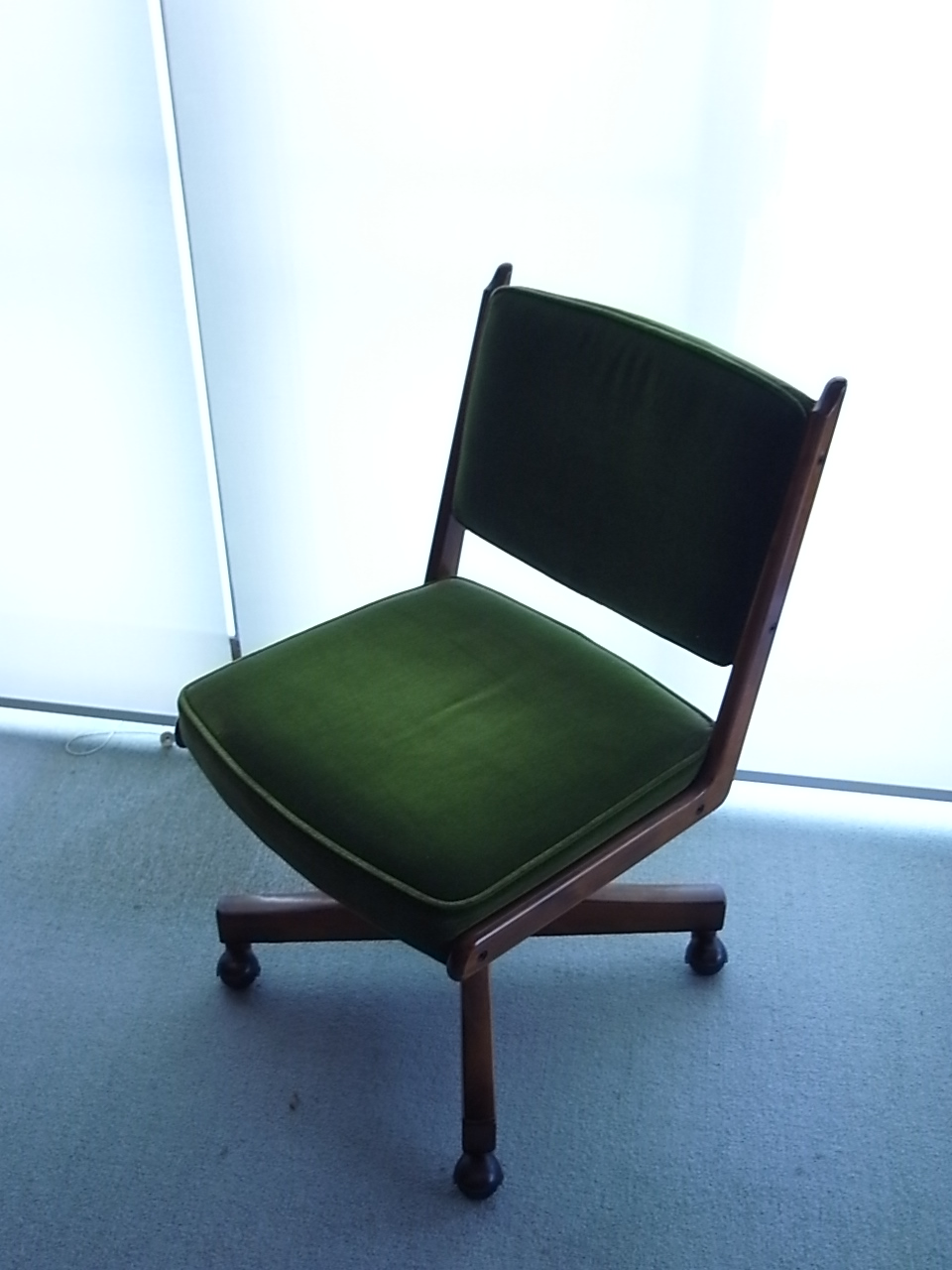 祖父の椅子_a0182722_1301776.jpg