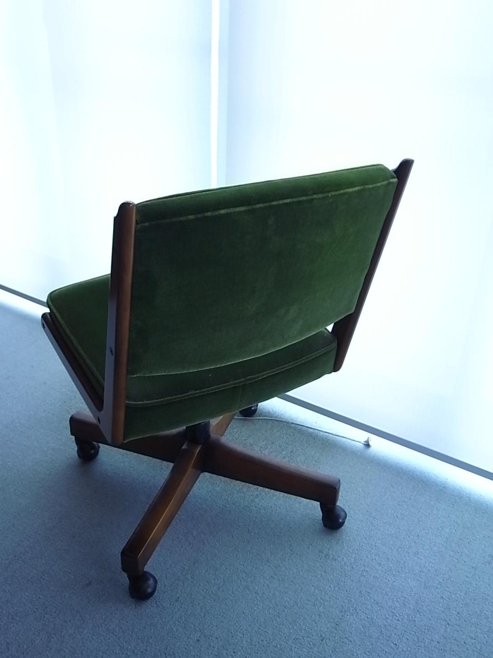 祖父の椅子_a0182722_1335883.jpg
