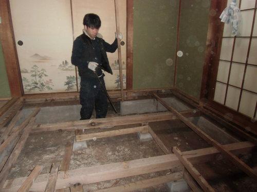 H様邸(安佐南区高取南)和室床貼り替え・白アリ駆除工事_d0125228_747923.jpg