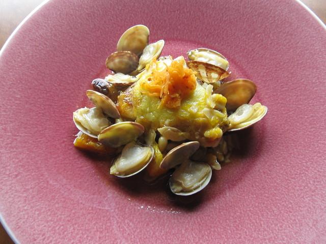 5月の料理「アサリ・ナッツ・柑橘」_d0177560_2262821.jpg