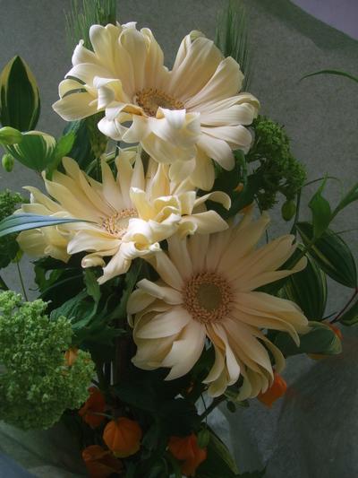 オークリーフ(母の日に贈る花束)_f0049672_17124841.jpg