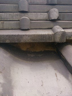 板橋区の上板橋で瓦屋根補修工事_c0223192_186483.jpg