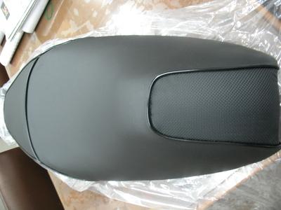 旧型PCXバイクザシート 中古入荷しました_e0114857_20334638.jpg