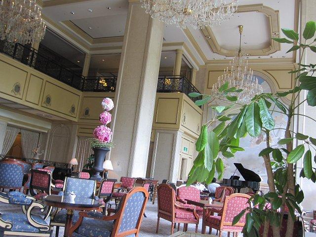 リーガロイヤルホテル東京ガーデンラウンジ@グリーンティオペラ_b0167979_21505697.jpg