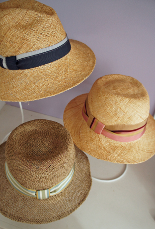 straw hats for summer_b0195783_15504610.jpg