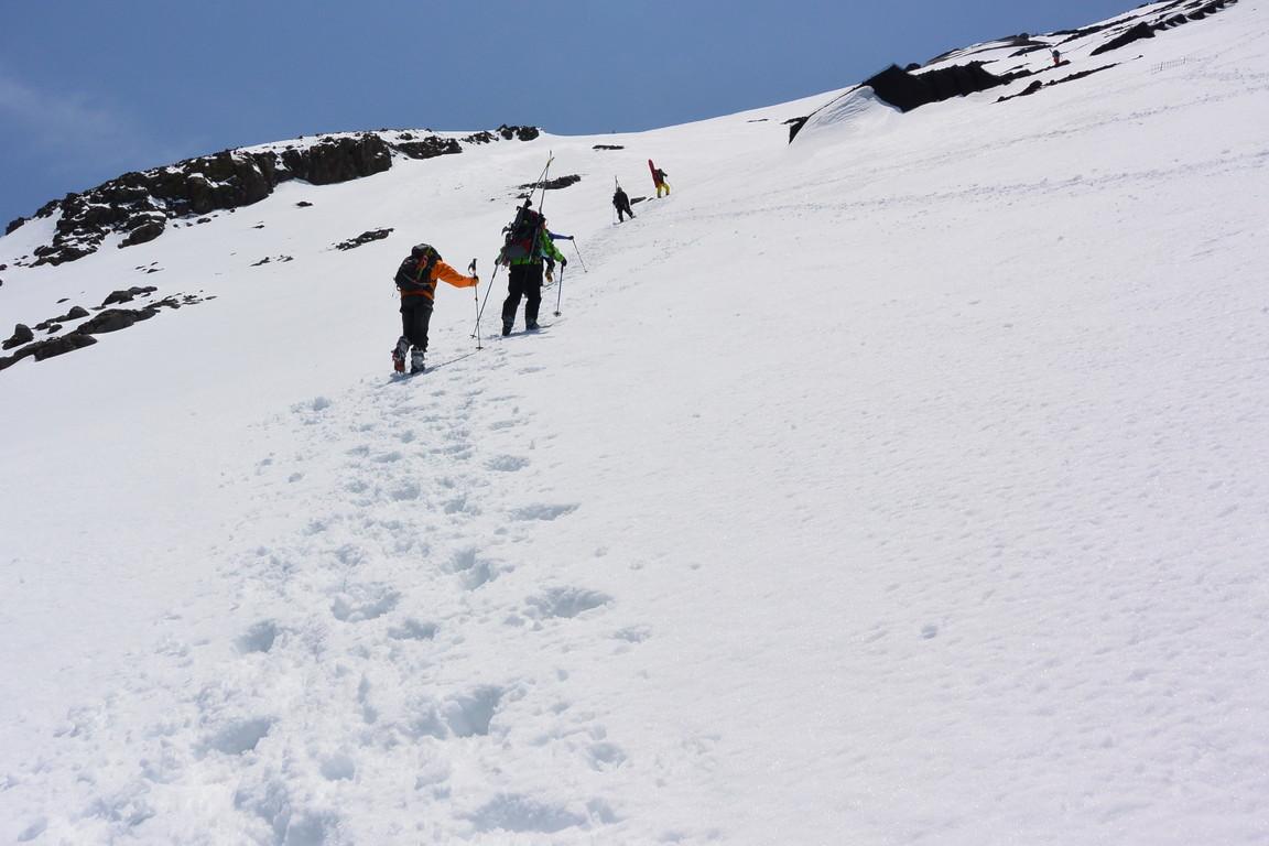 """2014年5月 『富士山大滑降』 May 2014 \""""Ski in Mt Fuji\""""_c0219616_1638262.jpg"""