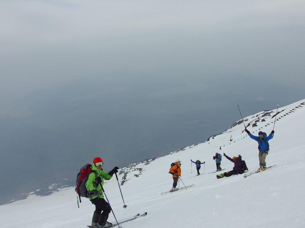 """2014年5月 『富士山大滑降』 May 2014 \""""Ski in Mt Fuji\""""_c0219616_17432531.jpg"""