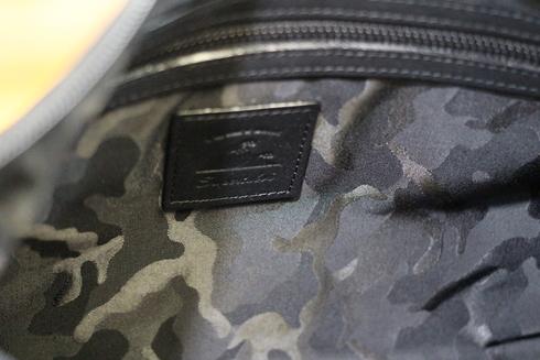 本革防水バッグが新発売!!_d0108933_1827816.jpg