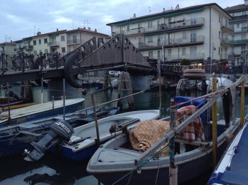 ベネチアからキオッジャへ バポレット&バス&フェリーの旅_d0128354_22501784.jpg