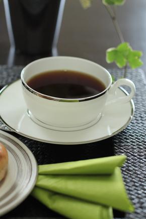 朝食時にお仕事 ♪_d0113182_23574715.jpg