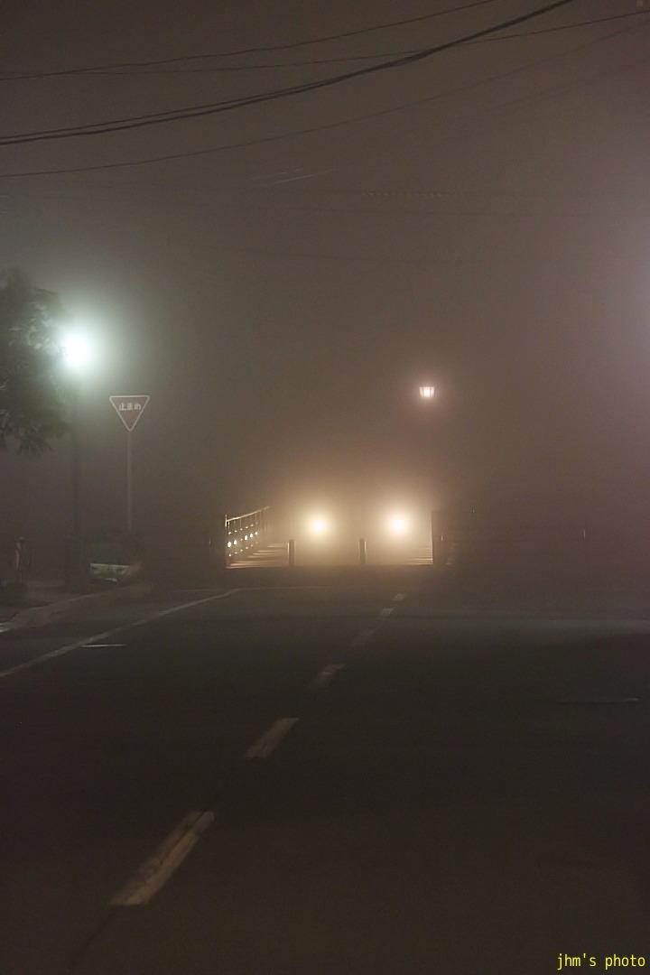 幻想的な夜霧の西部地区_a0158797_20455418.jpg