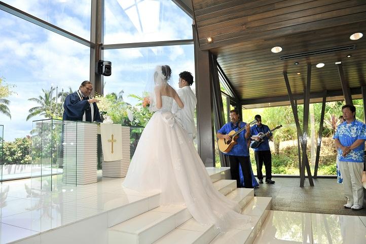 2013ハワイ「ホヌカイラニ教会で結婚式」_f0011498_13512232.jpg
