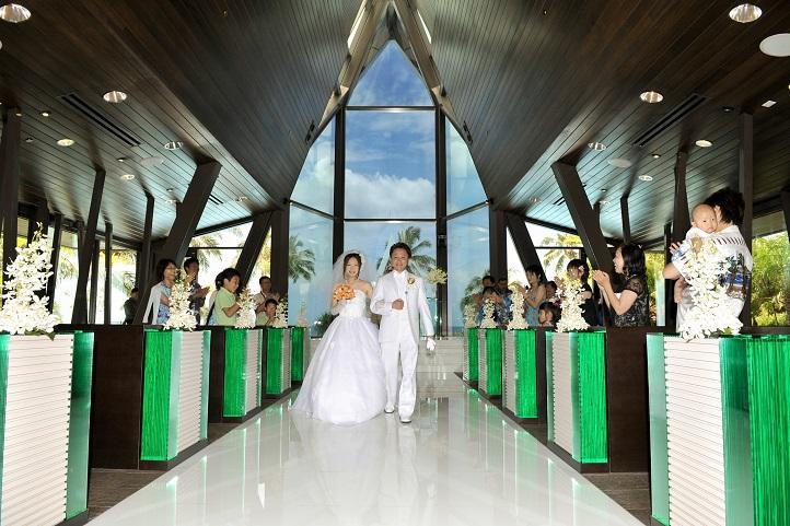 2013ハワイ「ホヌカイラニ教会で結婚式」_f0011498_13563858.jpg