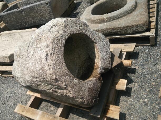 白川石製礎石_f0183722_11275089.jpg