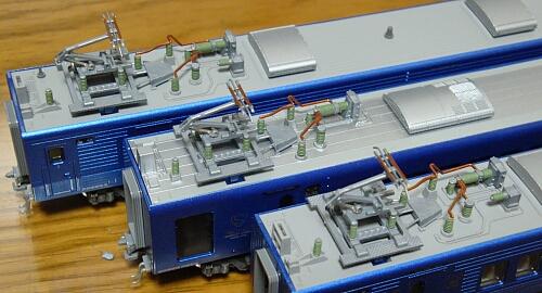カトー 883系「ソニック」リニューアル車の車内加工_f0037227_2328436.jpg
