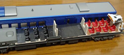 カトー 883系「ソニック」リニューアル車の車内加工_f0037227_23313219.jpg