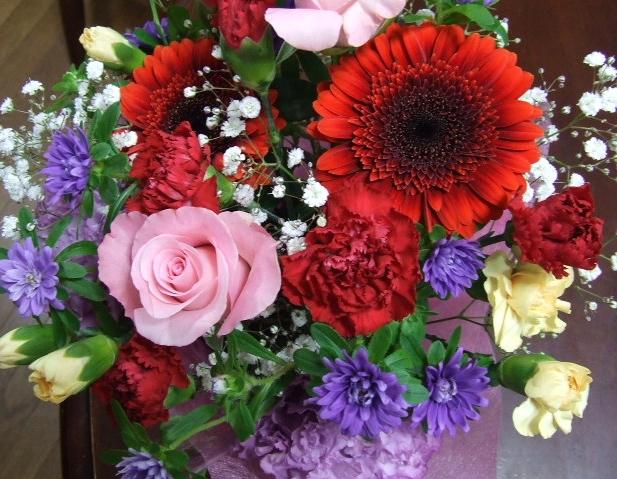 花のプレゼント_f0019498_22402912.jpg