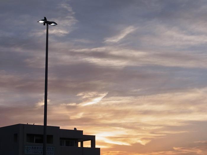 美しい空をながめる日 (*^_^*)_c0049299_17404691.jpg