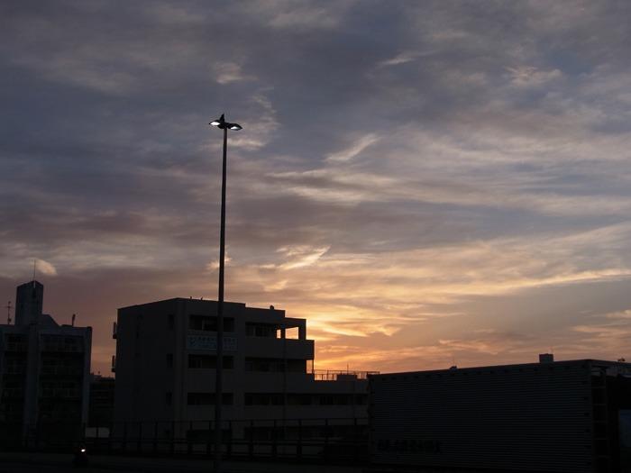 美しい空をながめる日 (*^_^*)_c0049299_17405784.jpg