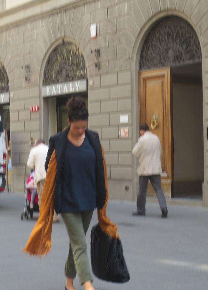 着飾る気持ちを忘れないそしてイタリアで学ぶお洒落術★_c0179785_4465835.jpg