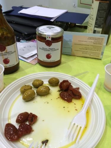 イタリア・スローフード食材の旅2014春(1)_c0003150_22001535.jpg