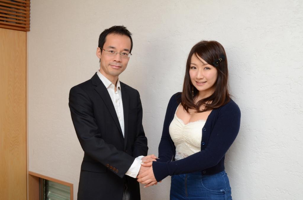 愛川ゆず季さんとの対談-雑誌掲載記事_c0310571_20434304.jpg