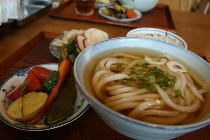 おいしいうどんと野菜のお店~絹延橋うどん研究所_b0168840_23420207.jpg