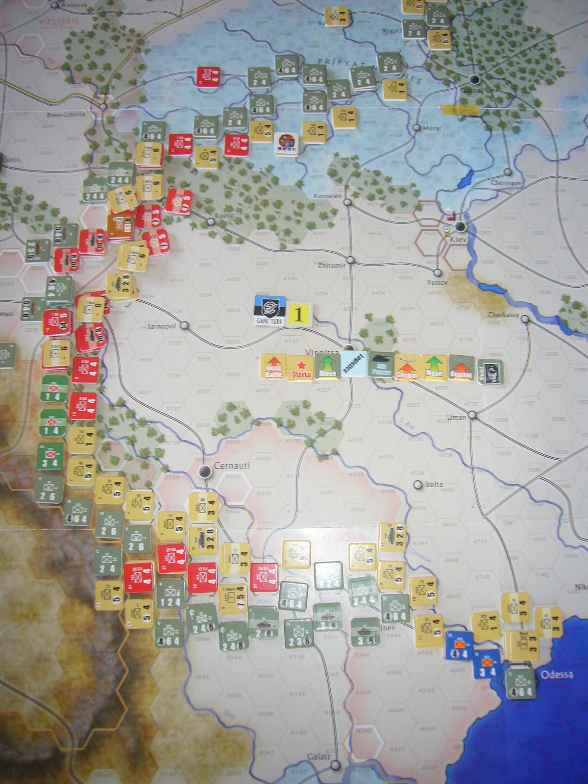 着いたぞ、呪わしのドイツ!The Dark Valley(GMT)1944開始キャンペーンその①_b0173672_2523285.jpg