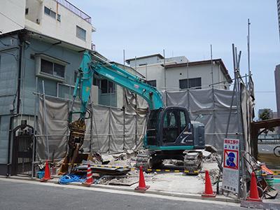 中区千田町にて解体工事進行中です。_b0131012_17315986.jpg