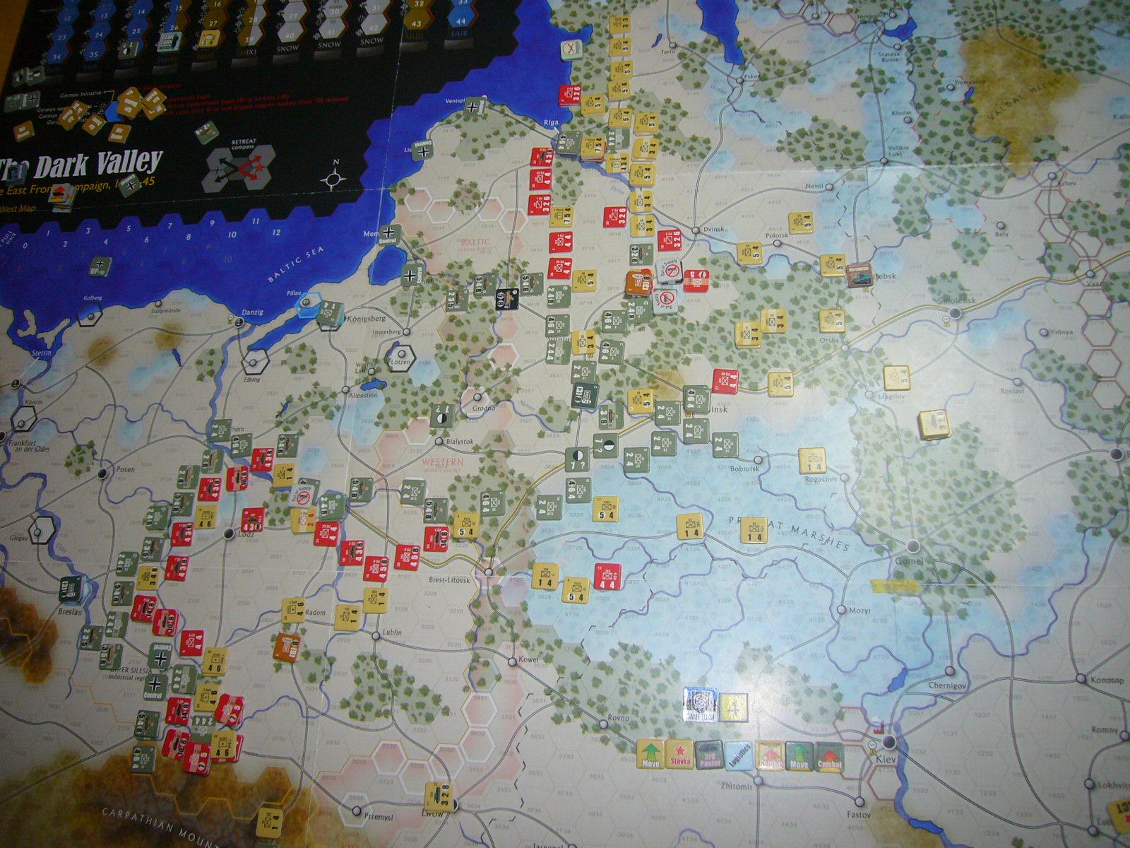 恨み尽きせぬ蛮族を The Dark Valley(GMT)1944開始キャンペーンその④_b0173672_2234247.jpg